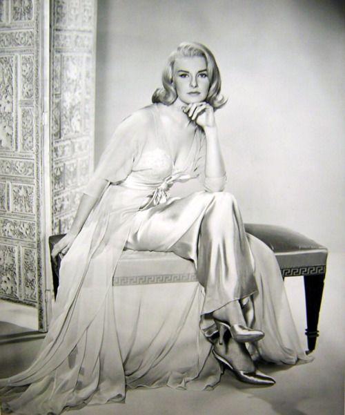 Joanne Woodward in From The Terrace in 1960