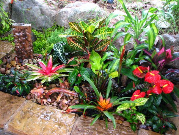 Best 25 formal garden design ideas on pinterest formal for Semi formal garden designs