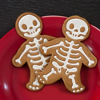 Gingerdead Man Cookie CutterHalloween Parties, Gingerdead Men, Gingerdeadmen, Skeletons, Men Cookies, Cookies Cutters, Cookie Cutters, Gingerbread Man, Halloween Cookies