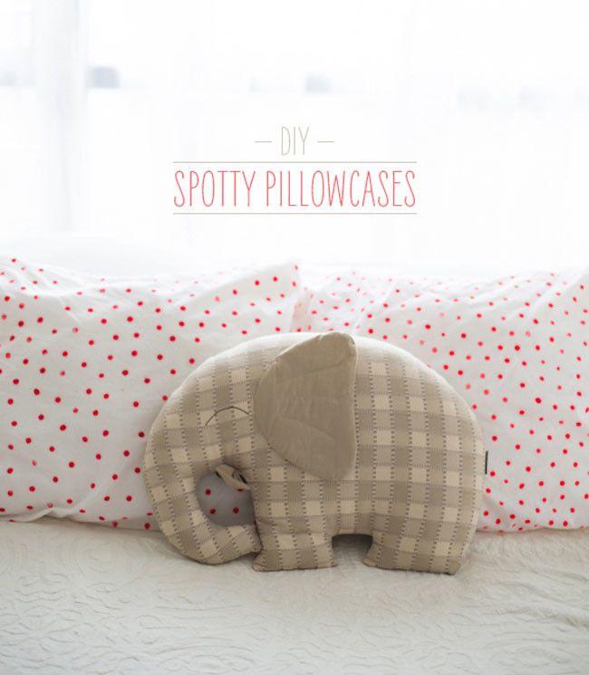 24 best Chambre bébé couleur vive images on Pinterest Babies