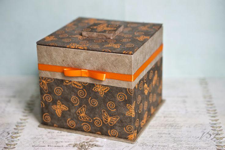 elke's blog: cartonnage : een doos met twee verdiepen