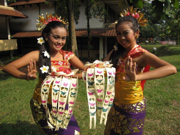Panyembrame Dance - Bali Province #Traditional #Dance #Indonesia