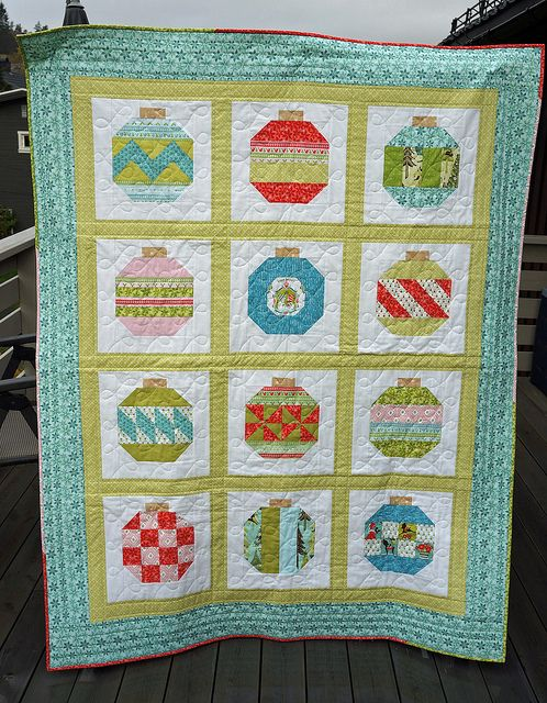 Vintage-Holiday-full-front by Sy-elsk-lev, via FlickrQuilt Inspiration, Quilt Ideas, Vintage Holiday, Ornaments Quilt, Christmas Quilt, Christmas Sewing, Christmas Ideas, Holiday Christmas, Holiday Quilts