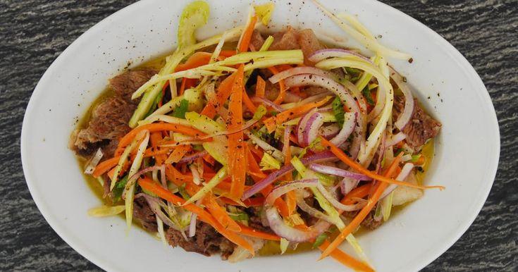 Dans la cuisine italienne, cette salade de cartilage et tendons de bœuf se prépare comme plat d'accompagnement.