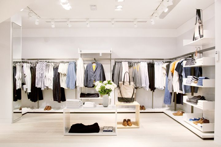 Interior of equipment clothing brand store cos store for Design store online