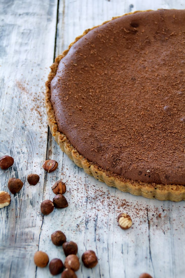 chocolate tart with hazelnuts and salty caramel