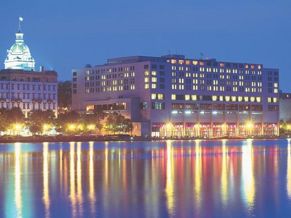 Hyatt Regency Hotel Savannah Ga Do Not Stay Here Ruined The Waterfront Especially From Bay Street View