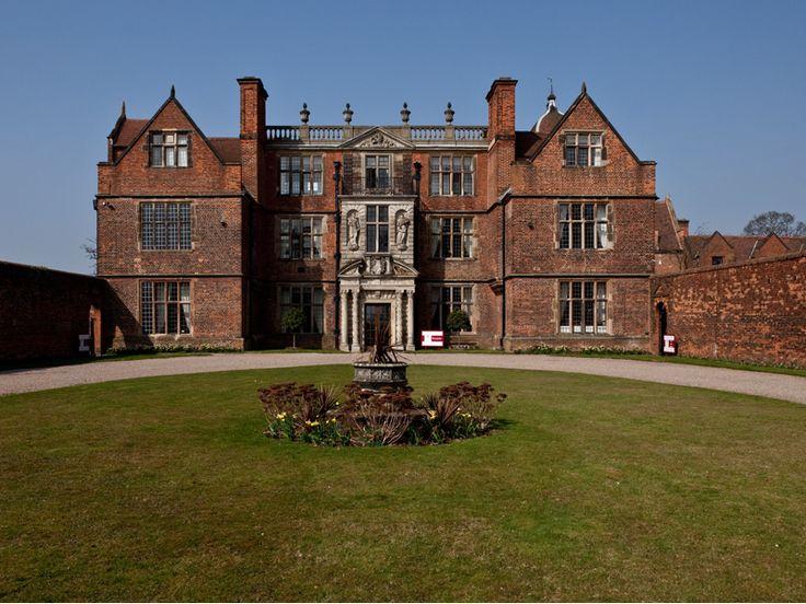 Castle Bromwich Hall Hotel is a perfect wedding venue in Birmingham, West Midlands, West Midlands, England. #weddingvenueswestmidlands