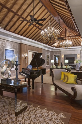 Grande Astor Suite Living Room at The St. Regis Bali