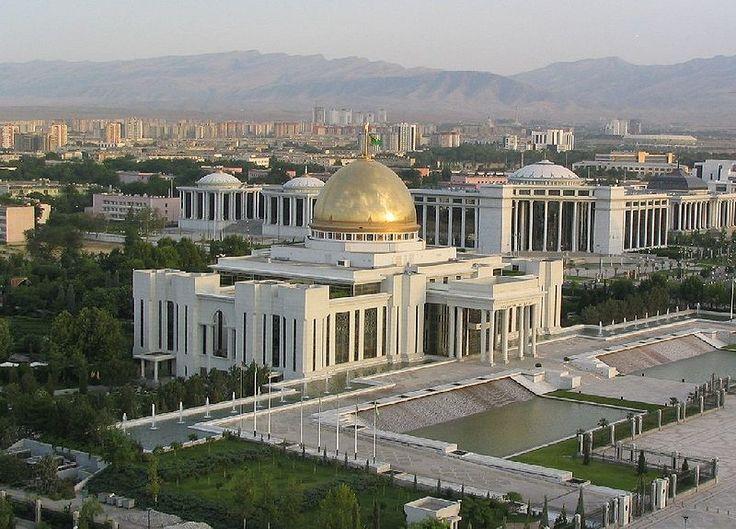 Presidential Palace Ashgabat - Turquemenistão    #tupai #smartsolutions #projects    www.tupai.pt