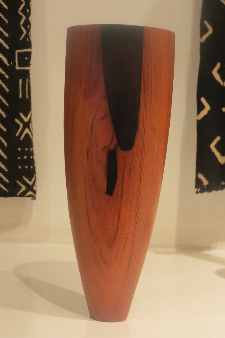 Wooden vessels by sustainable forestry project based in Mozambique.