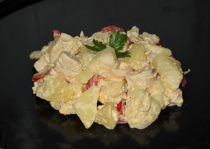 Reteta Salata din piept de pui cu cartofi si maioneza din categoria Salate diverse