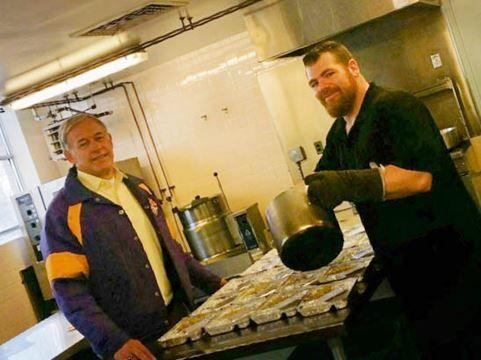 #Meals on Wheels volunteers making a difference in Lanark County - www.insideottawavalley.com/: www.insideottawavalley.com/ Meals on Wheels…