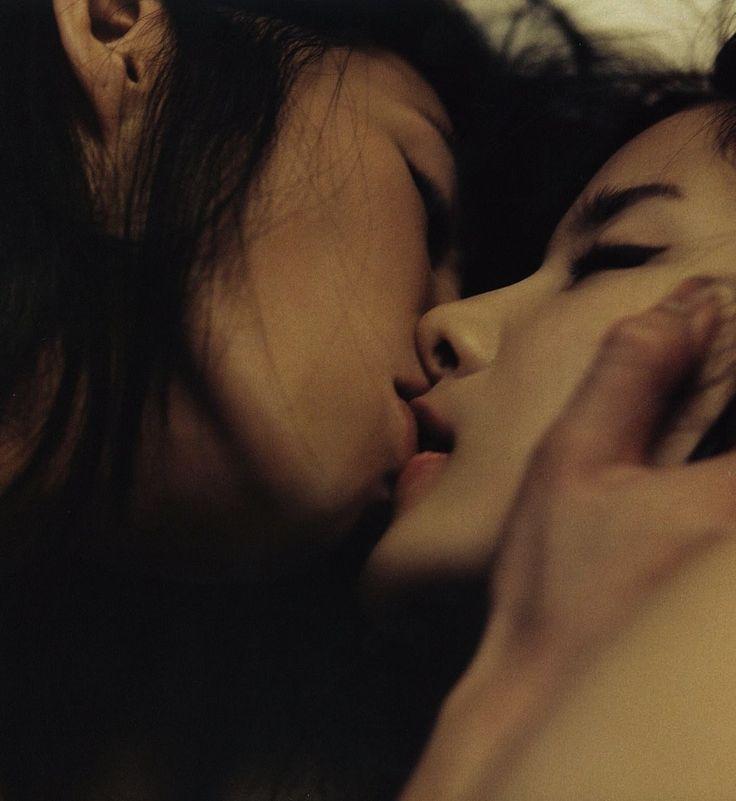 Korean high school couple fuck in toilet secretly 5