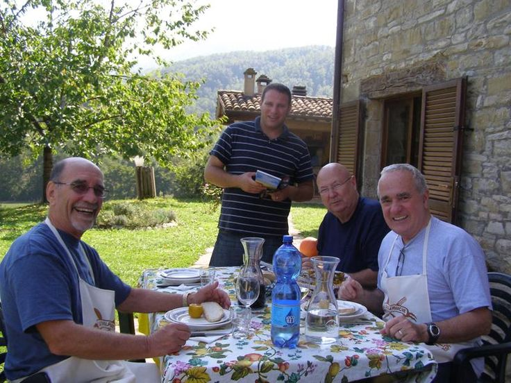 Man Tripping: Guys Weekends & Mancations - Cooking Classes for The Men