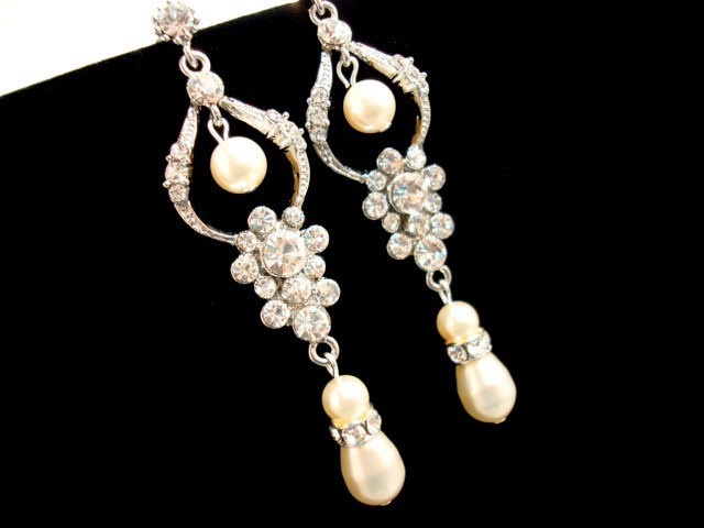 Best 25+ Bridal chandelier earrings ideas on Pinterest | Blush ...