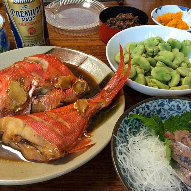 ダンナ実家で最後の晩餐は地元伊東港で水揚げされた金目鯛の煮付&鯵のお刺身✨ 美味しくてたっぷり飲んじゃった  明日はゆみず実家に移動 渋滞にはまりませんように… - 19件のもぐもぐ - 2015.5.3 金目鯛の煮付&鯵のお刺身 by yumiochan