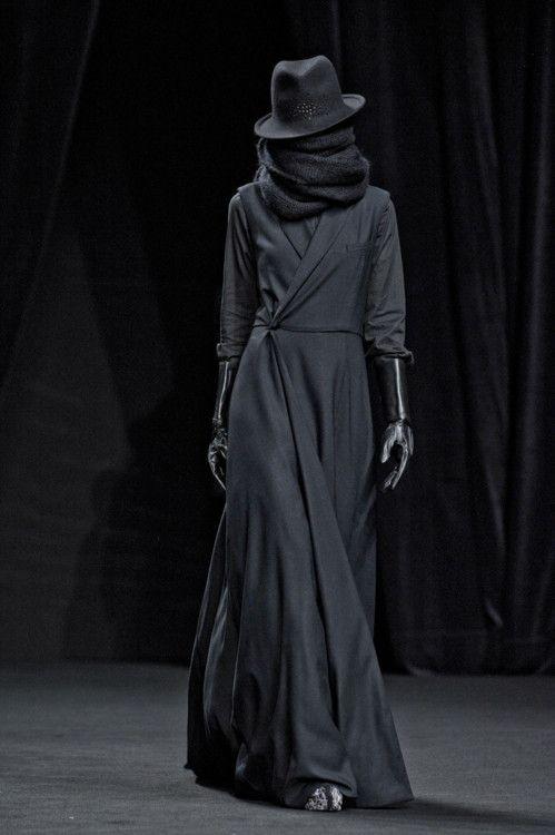 AF VANDEVORST FW 2012  Modern Arabian Chic
