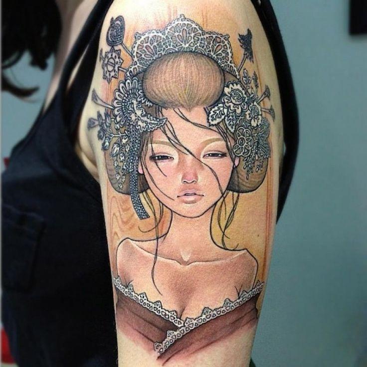 Mooie meiden en tatoeages zullen nooit uit de smaak vallen. Een pin-up girl is een vrouw waarvan de fysieke aantrekkelijkheid iemand zou overhalen een afbeelding van haar aan de muur te hangen. De...
