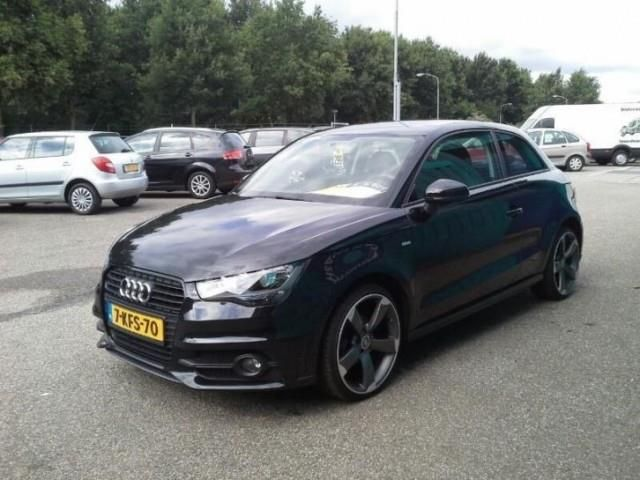 Audi A1 1.2 TFSI ATTRACTION PRO LINE - 3
