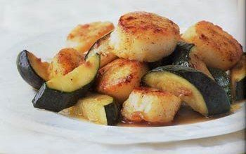 Seared Curried Scallops with Zucchini Recipe - Details, Calories, Nutrition Information | RecipeOfHealth.com