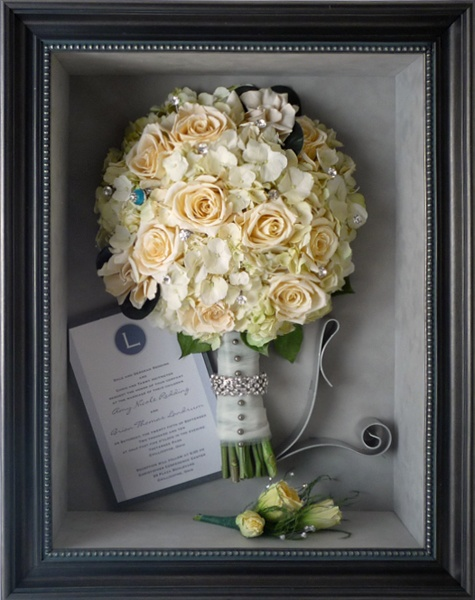 Wouldn't you love to keep your bouquet forever?!? Have it preserved and custom framed! www.freezeframeit.com