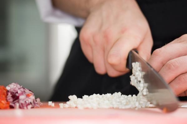 Cómo hacer salsa de nueces - 6 pasos (con imágenes)