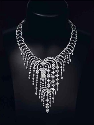Stunning Cartier Diamond Necklace