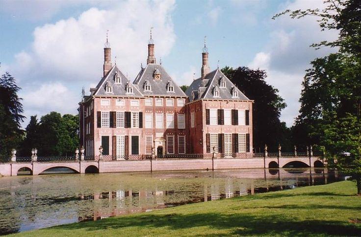 Kasteel Duivenvoorde te Voorschoten / Zuid-Holland Nederland