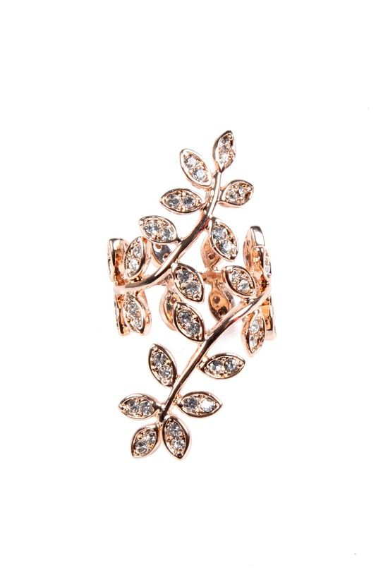 lovely leaf ring