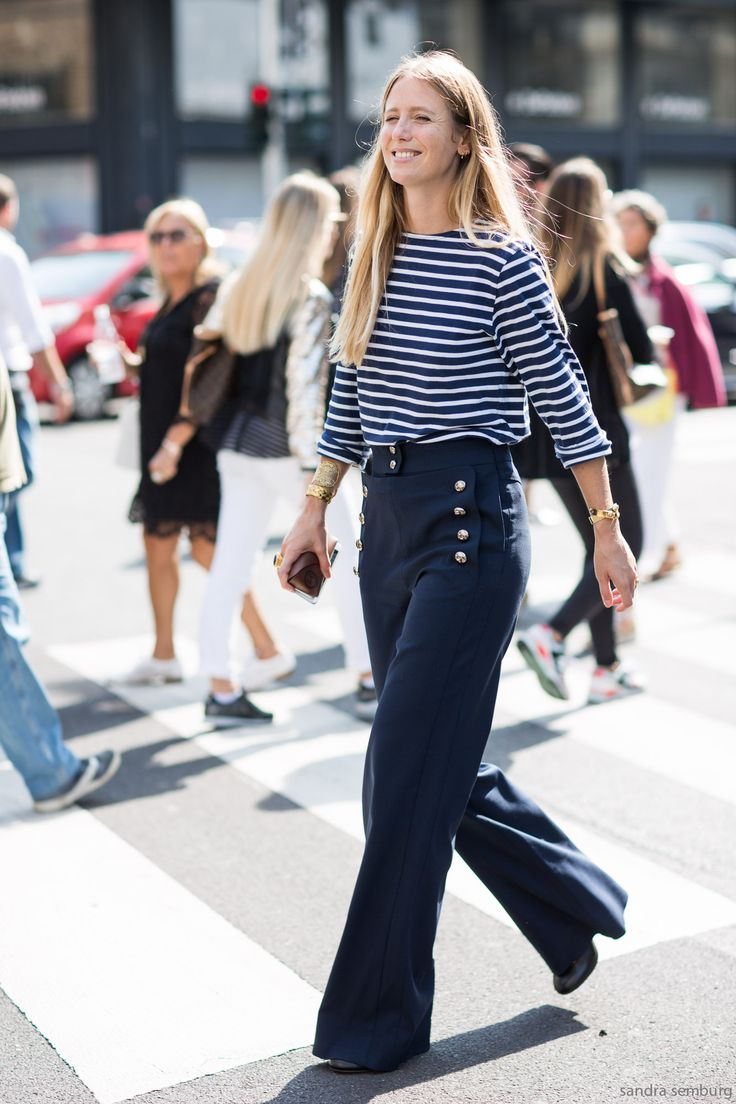 hey sailor. #JenniferNeyt in Milan.