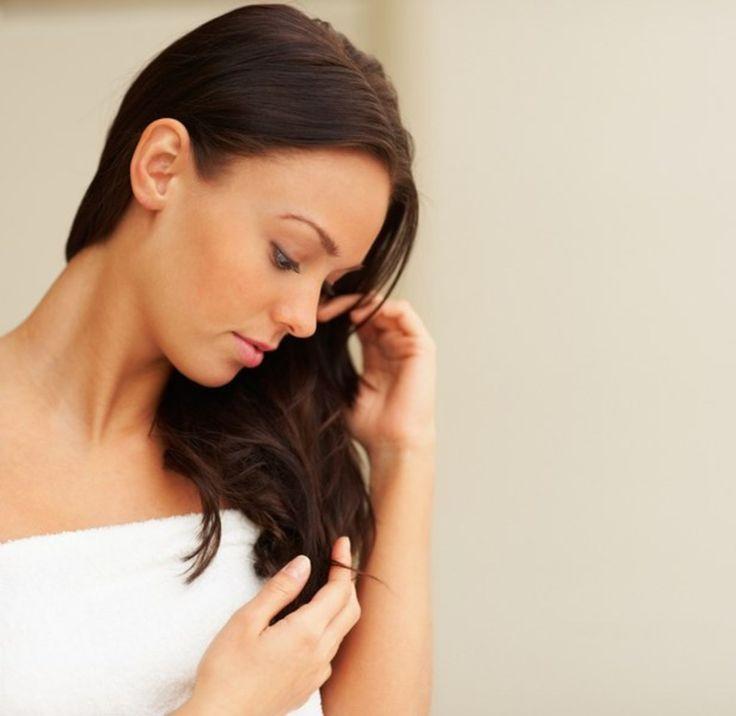 Domowe sposoby na zniszczone końcówki włosów - sprawdzone sposoby