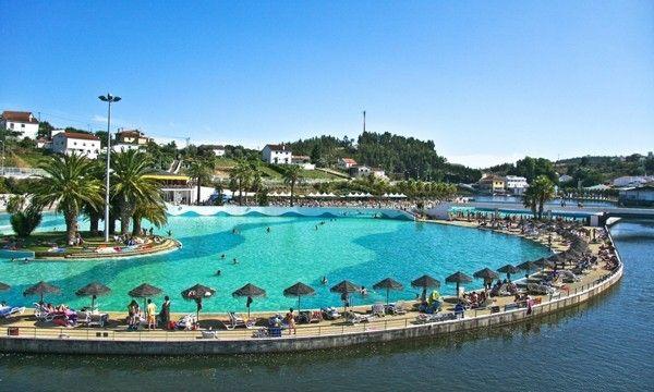 PRAIA DAS ROCAS: Parque Temático com piscina de ondas - Bilhete Duplo