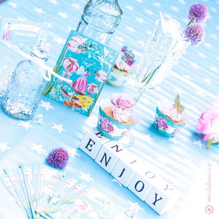 Party decoration & invitation Feest decoratie & uitnodigingen