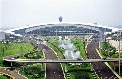 Guangzhou Baiyun Airport    http://pantheon.knopfdoubleday.com/2012/04/26/china-airborne-by-james-fallows/