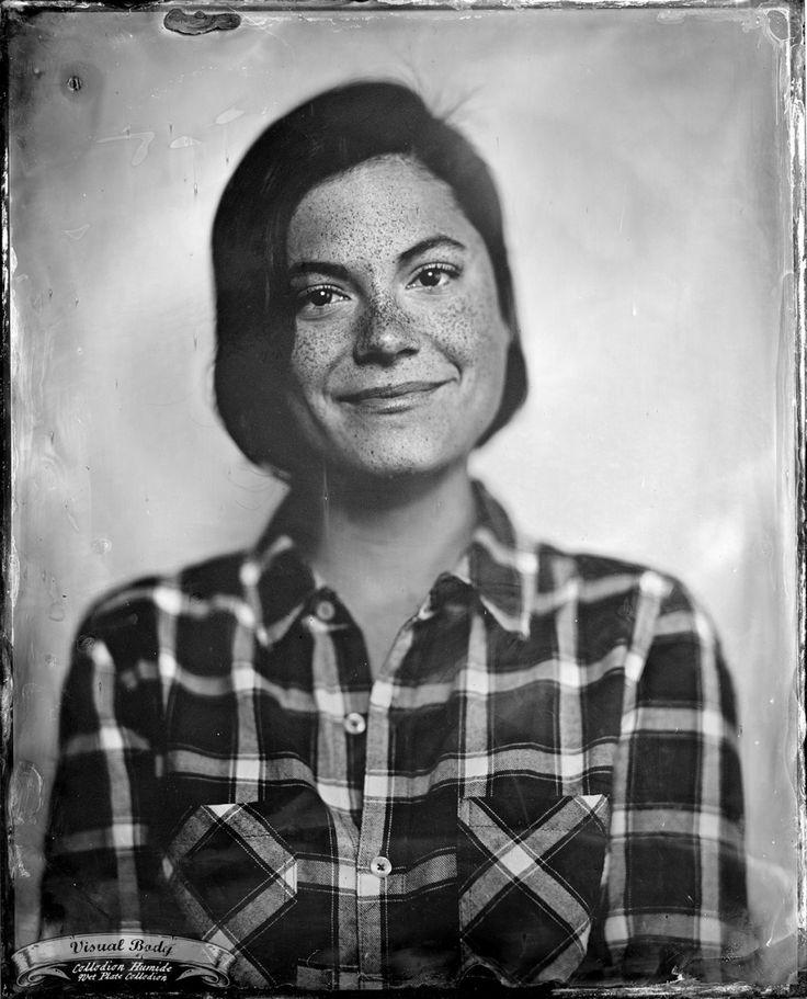 Julianne Côté. Profession : comédienne/actress.