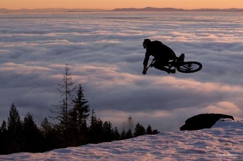 Moutain bike - Sterling Lorence