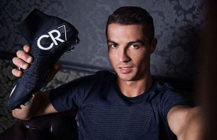 Ronaldo with his CR7 Superfly