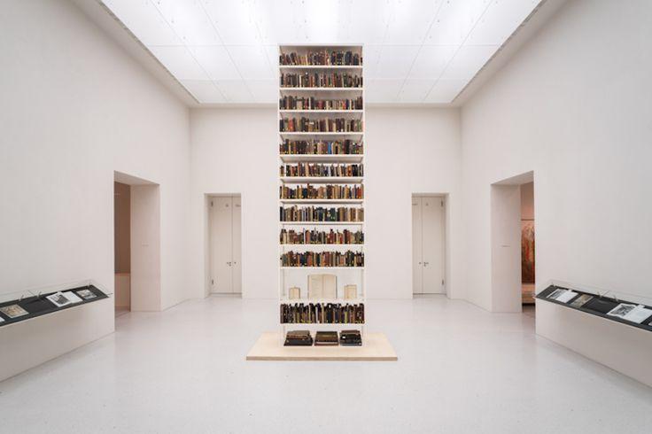 Maria Eichhorn, Unlawfully acquired books from Jewish ownership, installation view, Neue Galerie, Kassel, documenta 14, © Maria Eichhorn/VG Bild-Kunst, Bonn 2017, photo: Mathias Völzke