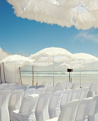 These Would Be Perfect For My Wedding On The Beach Check Out Unique Feathery Parasols To Help Shield Guests From Sun