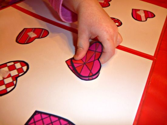"""File folder game - matching! Great to transfer iPad learning into concrete activity AND it's a fab """"take with you"""" pack!"""