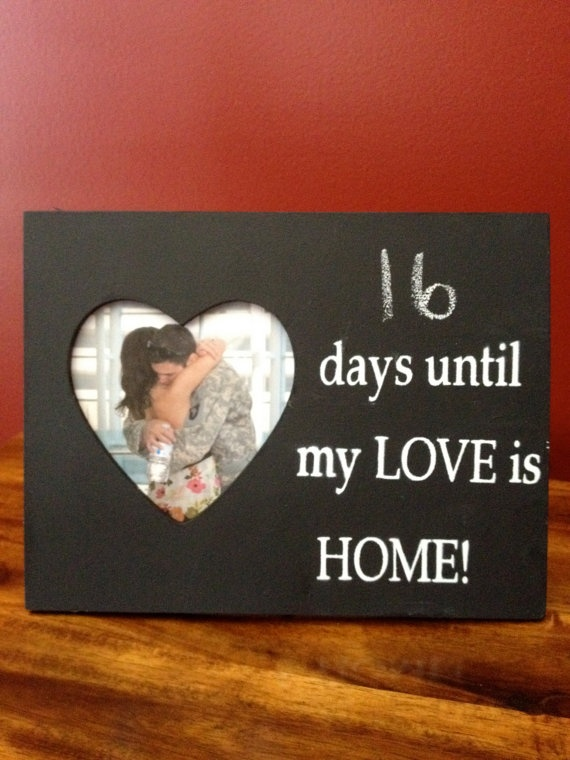 This is a cute countdown !: Wife Stuff, Usmc Wife, Gifts Ideas, Usmc Girlfriends, Army Wife, Army Girlfriends, Chalkboards Frames, Marines Usmc, Marines Girlfriends