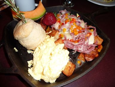 Hash House A Go Go at Imperial Palace Las Vegas: Corned Beef Hash at Hash House A Go Go