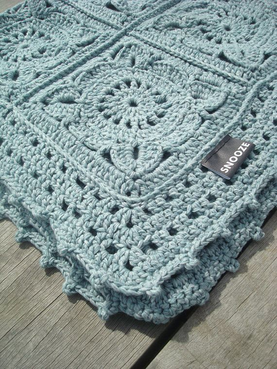 Super soft crochet blanket granny square throw afghan made of wool and cotton by Snooze