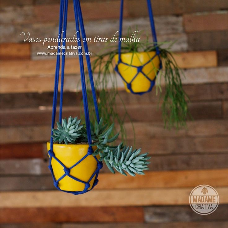 Como fazer vasos pendurados com tiras de malha -  Passo a passo com fotos - How to make a support for vases using fabric strips - DIY tutori...