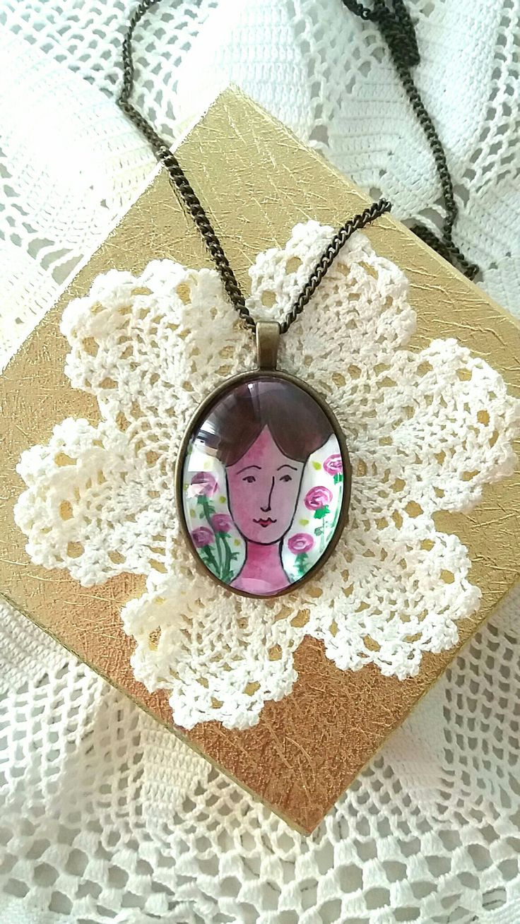 #necklace#vintage#bronze#a doll#white and flowers#