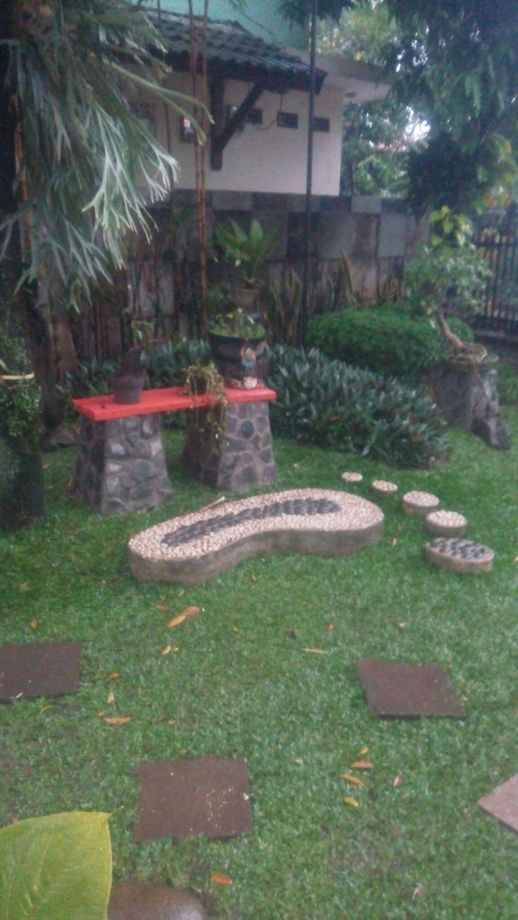 Taman halaman samping