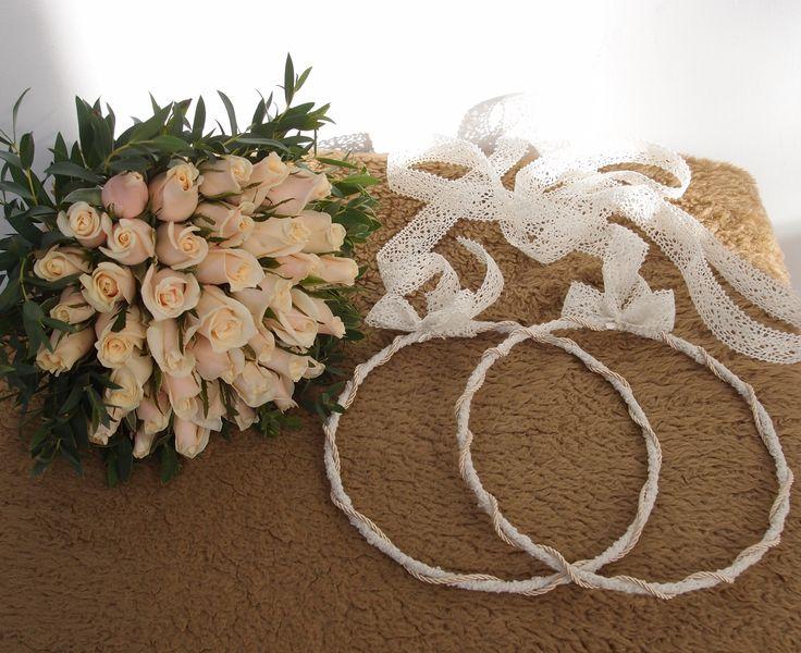 νυφικό μπουκετο με σαμπανι τριαντάφυλλα & στέφανα απο δαντελα....Δεξίωση | Στολισμός Γάμου | Στολισμός Εκκλησίας | Διακόσμηση Βάπτισης | Στολισμός Βάπτισης | Γάμος σε Νησί - στην Παραλία.