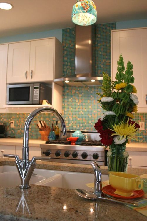 17 best images about mom on pinterest colorful kitchens for Different backsplash behind stove