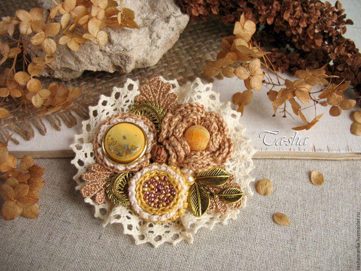 """Купить """"Золотые лепестки"""" брошь бохо жёлтый коричневый цветок - брошь, брошь ручной работы"""